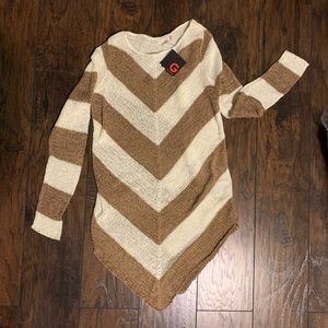 NWT Guess Knit Top